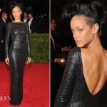 Rihanna siyah deri abiye elbise