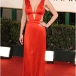 kırmızı dekolteli abiye elbise modeli