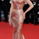 kırmızı halı ünlülerinin abiye elbise modeli