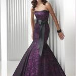 siyah dantelli straplez abiye elbise