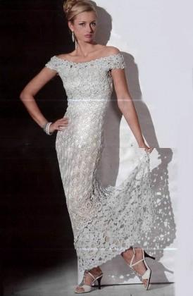 uzun dantelli abiye elbise