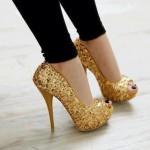şık sarı payetli ayakkabı modeli