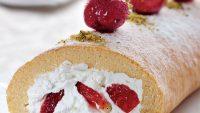 Evde Çilekli Rulo Pasta Yapımı
